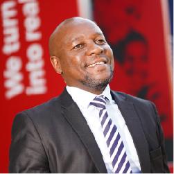 Dr Mthandazo Ngwenya