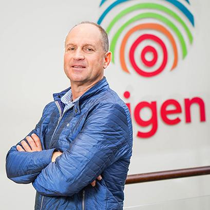 Mr Henk Bester